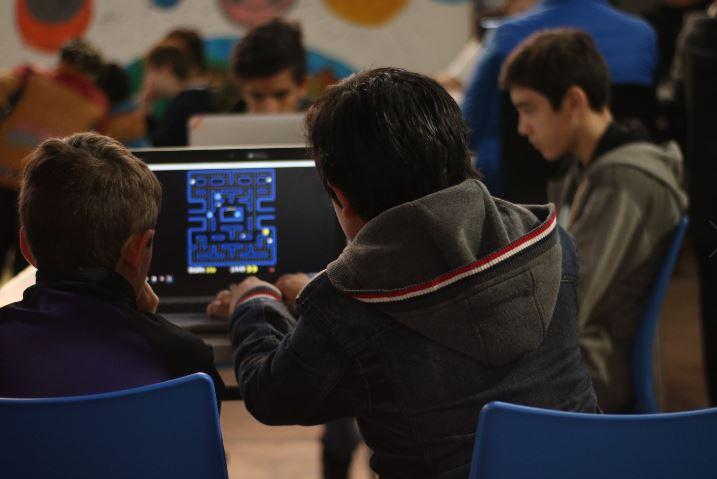 Infinito por Descubrir y la plataforma Arduino invitan a crear controladores para videojuegos