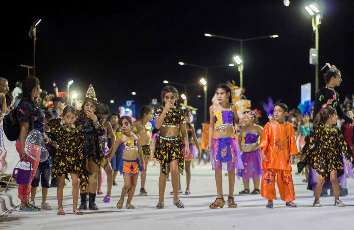 Así se vivió la tercera noche de los Carnavales Posadeños 2019 en la Costanera