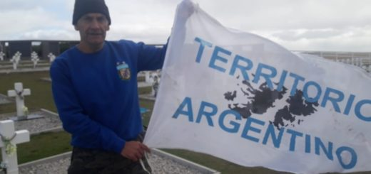Un exfutbolista y veterano de guerra viajó a Malvinas y quedó detenido por mostrar una bandera y cantar el Himno