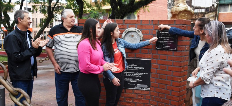 Homenajearon a Eliana Krawczyk por el Día Internacional de la Mujer en Oberá