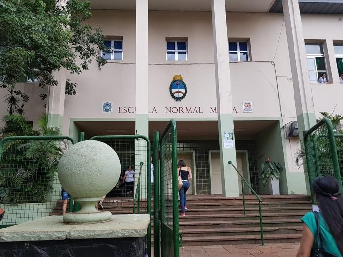 Continúan abiertas las inscripciones del nivel secundario en la Escuela Normal Superior «Estados Unidos del Brasil»