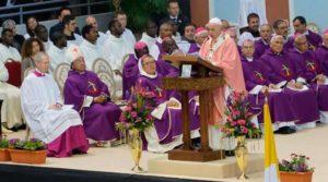 El Papa Francisco en Marruecos llamó a los países a superar las divisiones entre pueblos