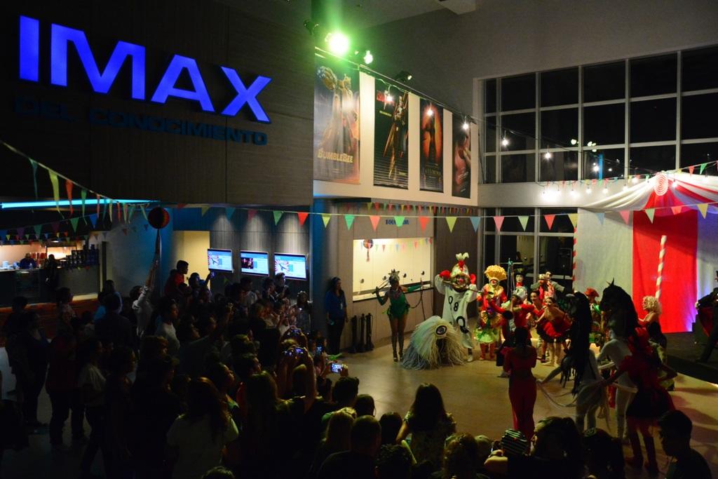 IMAX: el estreno de Dumbo cerró con un show de circo del Ballet del Parque del Conocimiento que se repetirá en las próximas funciones