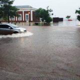 Protección Civil y la Policía asistieron a más de 100 familias afectadas por el temporal