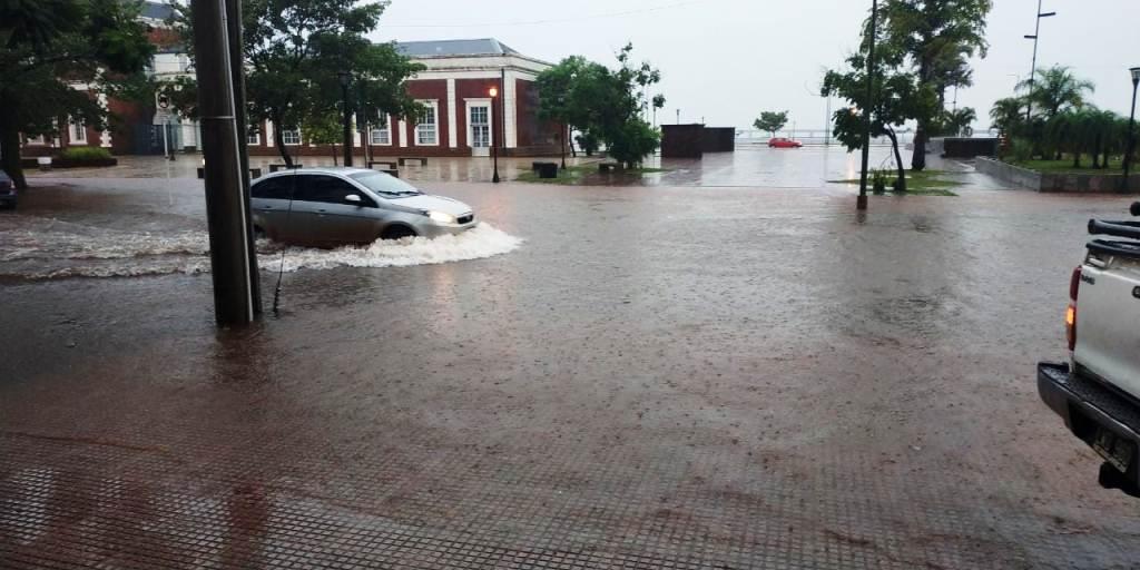 #TemporalEnPosadas: en tres horas cayeron 139,5 milímetros de agua, el equivalente a lo que debería llover en un mes