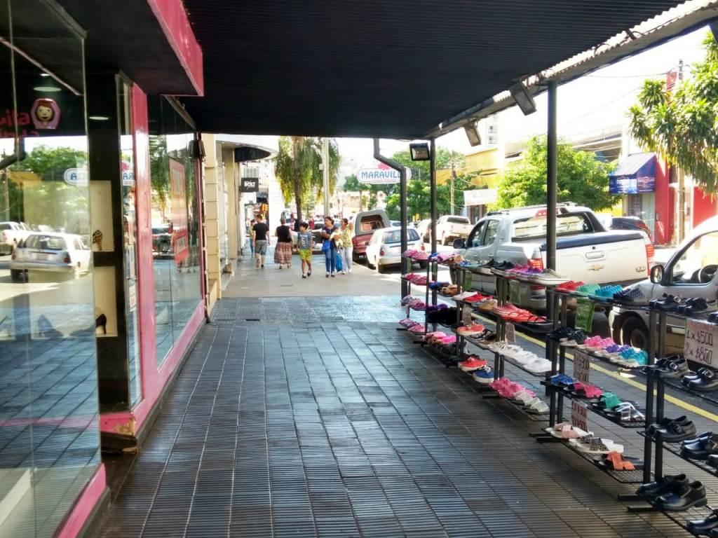 Asueto en Posadas: la mayoría de los locales céntricos de la ciudad permanecen abiertos al público