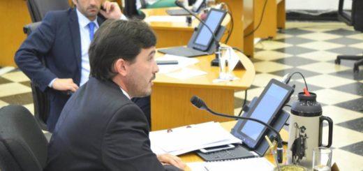 Concejales aprobaron por unanimidad la adhesión del municipio al plan integral de provisión de luminarias led
