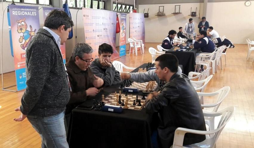 """La UNaM organiza un torneo de ajedrez """"por La Memoria"""" en conmemoración por el 24 de marzo"""