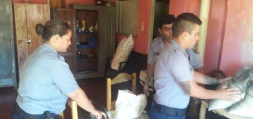 La carga de harina se arruinó en un accidente vial y decidieron donarla a los vecinos de Santa Ana
