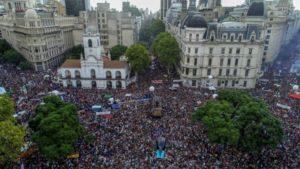 Día de la Memoria: una multitud marchó a 43 años del último golpe de Estado en la Argentina
