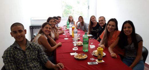 Obispo de Posadas Monseñor Juan Rubén Martínez se reunió con los alumnos de Medicina de la UCAMI