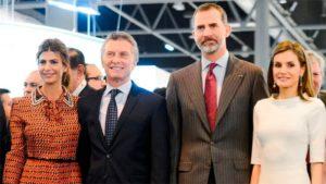 Los reyes de España llegaron a la Argentina para su primera visita de Estado al país