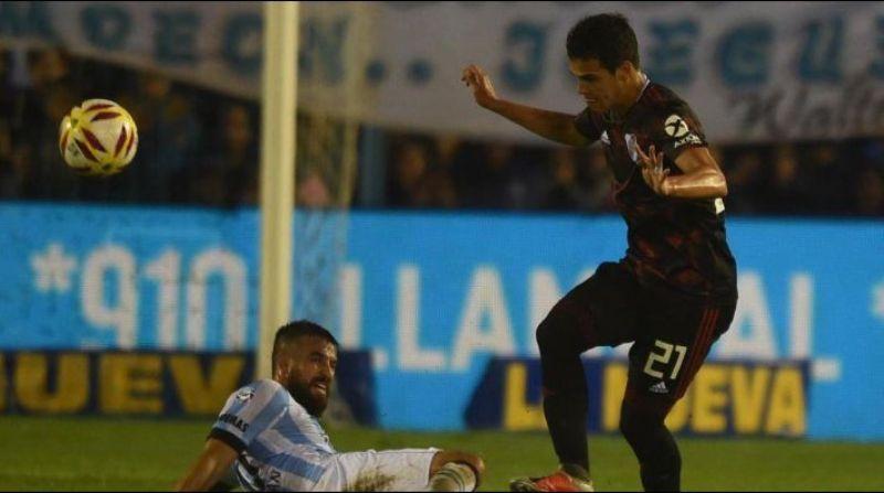 Con gol del juvenil Ferreira, River venció 1-0 a Atlético en Tucumán