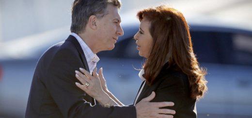 Mauricio Macri le envió sus condolencias a Cristina Kirchner a través de Twitter