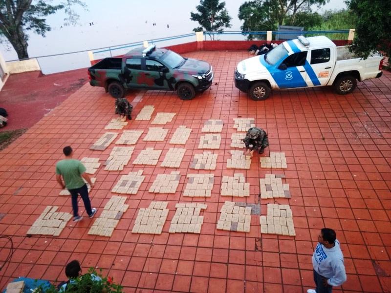 "Operativo ""Matorrales cannábicos"": Prefectura incautó 438 kilos de marihuana en Santa Ana"