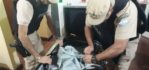 Prefectura detuvo a dos narcotraficantes con un kilo de cocaína en Wanda