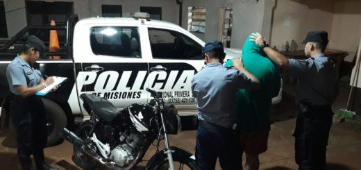 Oberá: fue sorprendido empujando una motocicleta robada y terminó detenido