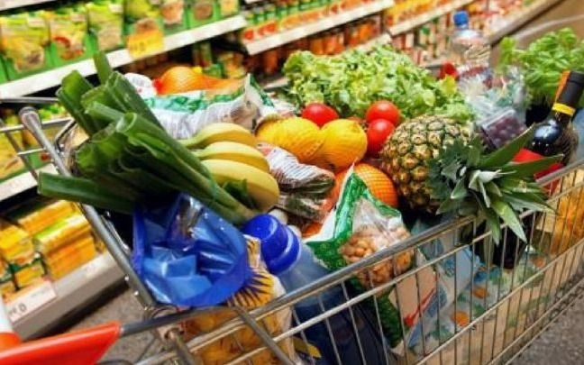 Según el Indec, la canasta básica subió 4,3% en marzo y una familia necesitó $28.751 para no ser pobre