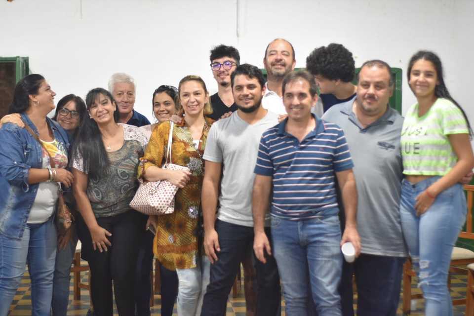 Posadas: el candidato a concejal Jeremías Zarza repasó la gestión de Losada con vecinos del Barrio Palomar