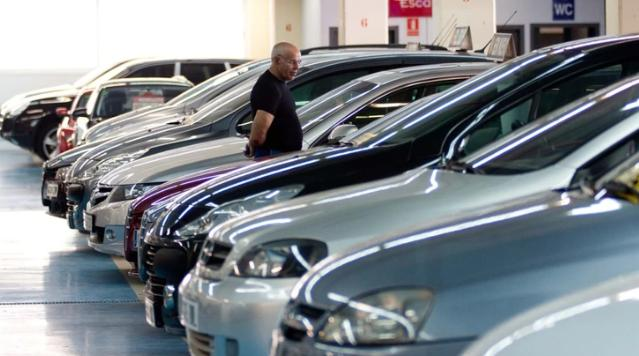 En marzo, la venta de autos usados cayó 17,47%