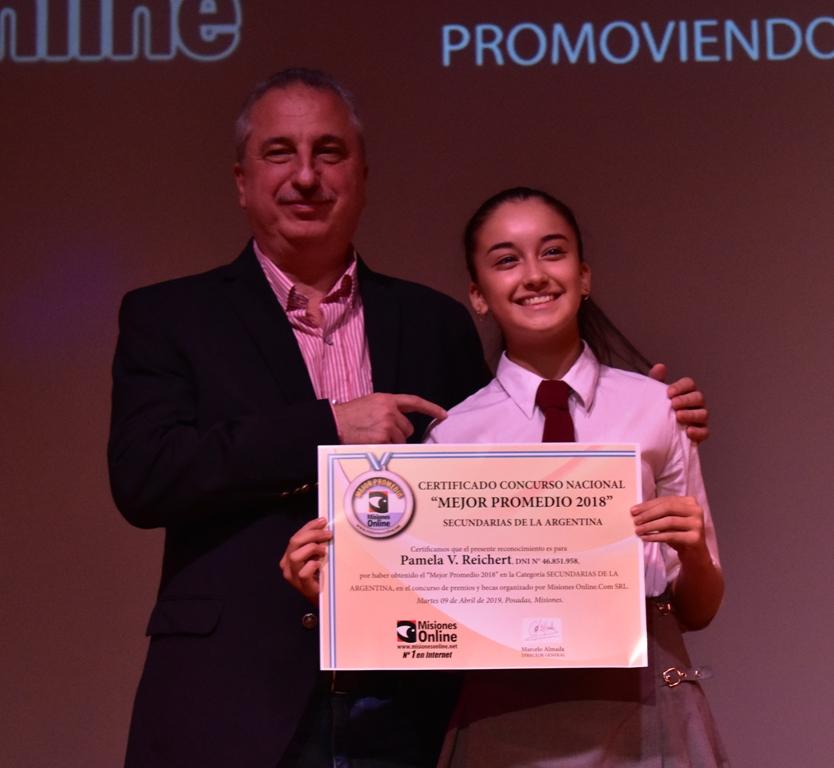 #MisionesOnline19Años: estudiantes de excelencia finalistas del Concurso Mejor Promedio recibieron becas por un total de 270 mil pesos