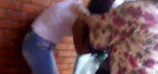 Video: salvaje pelea entre adolescentes en Apóstoles
