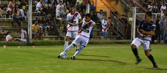 Regional Amateur: agónico triunfo de Guaraní para avanzar a los cuartos de final