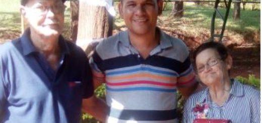 Oberá: un policía encontró una cartera con 3500 pesos, buscó a su dueña y la devolvió