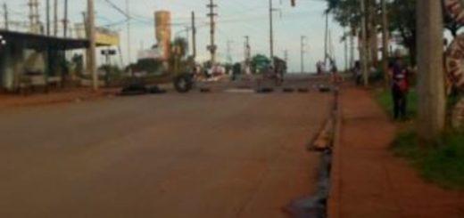 Posadas: manifestantes continúan cortando el tránsito en la Avenida Cocomorala