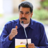 Venezuela: fuerzas antichavistas liberan al líder opositor Leopoldo López quien llamó a movilizarse hacia unidades militares