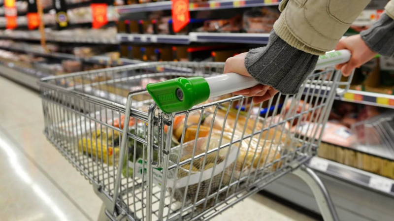 Anses puso en marcha descuentos a jubilados y titulares de AUH en supermercados, farmacias y tiendas de electrodomésticos