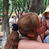 Violencia de género: dos nenas filmaron la brutal golpiza que su papá le dio a su mamá