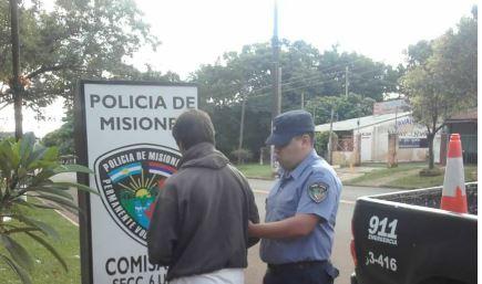 Posadas: quebrantó la prohibición de acercamiento hacia su madre y lo detuvieron