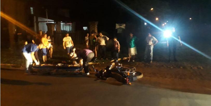 Candelaria: motociclista perdió el control, cayó y terminó herido