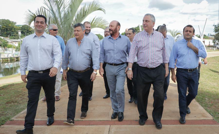 """""""Éste es un hecho político fundante"""", remarcó Passalacqua al inaugurar la red de fibra óptica que une a Misiones con San Pablo"""