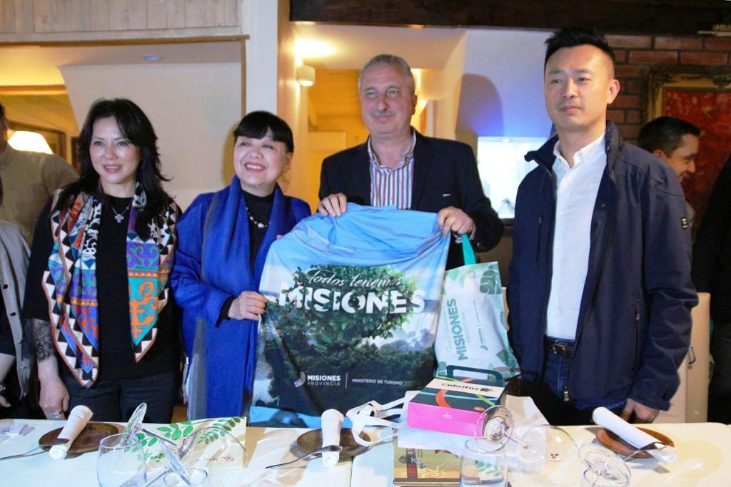 Passalacqua encabezó una reunión de trabajo con la delegación de la Cámara de Turismo de China