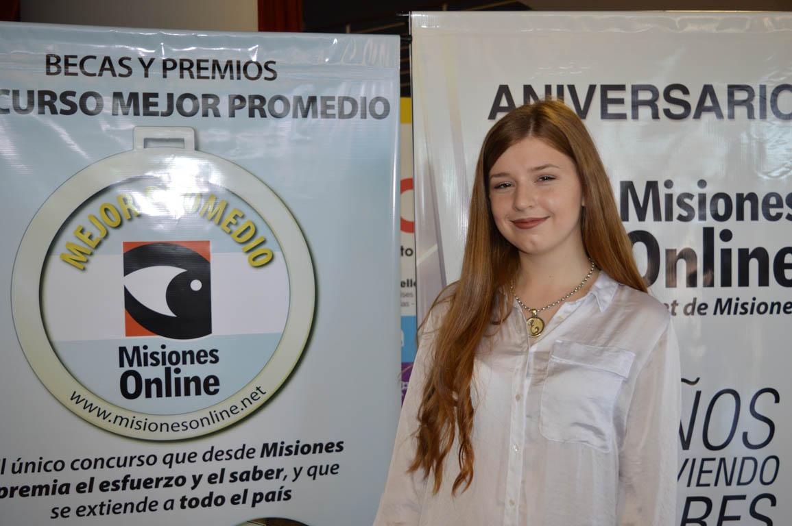 #ConcursoMejorPromedio: por segundo año consecutivo, Eliana Tyñuk es una de las finalistas de la Beca UNaM por Secundarias de Misiones