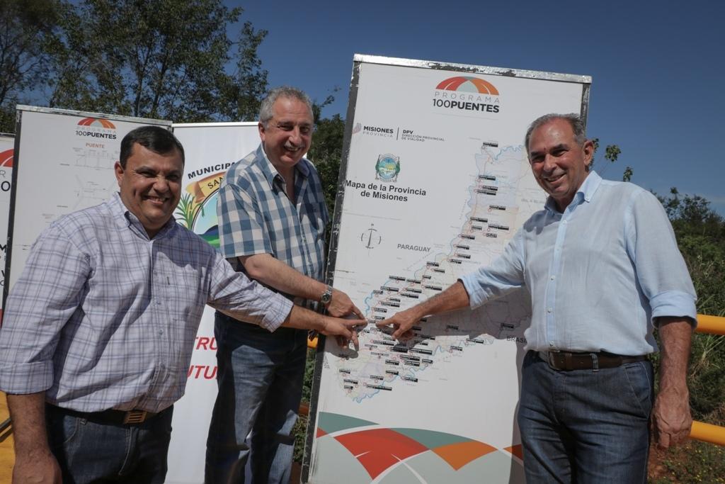 Passalacqua inauguró un puente y un playón deportivo en Santa Ana