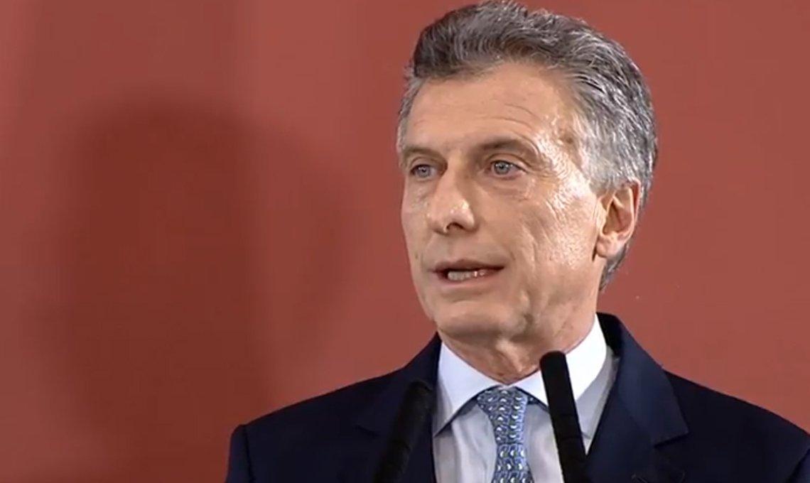 Mauricio-Macri-1-5ea1p7th5sa0