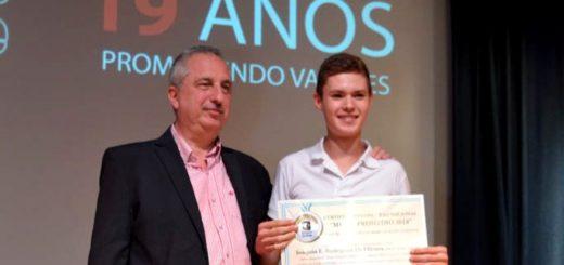 #ConcursoMejorPromedio: Joaquín Rodríguez de Olivera, de Andresito, es el ganador de la Beca La Cachuera SA en la categoría de EFAs de Misiones