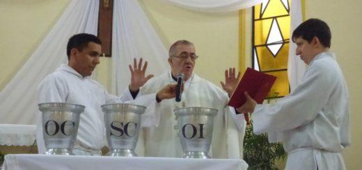 #SemanaSanta2019: el Obispo de la Diócesis de Posadas encabeza la Misa Crismal en Alem