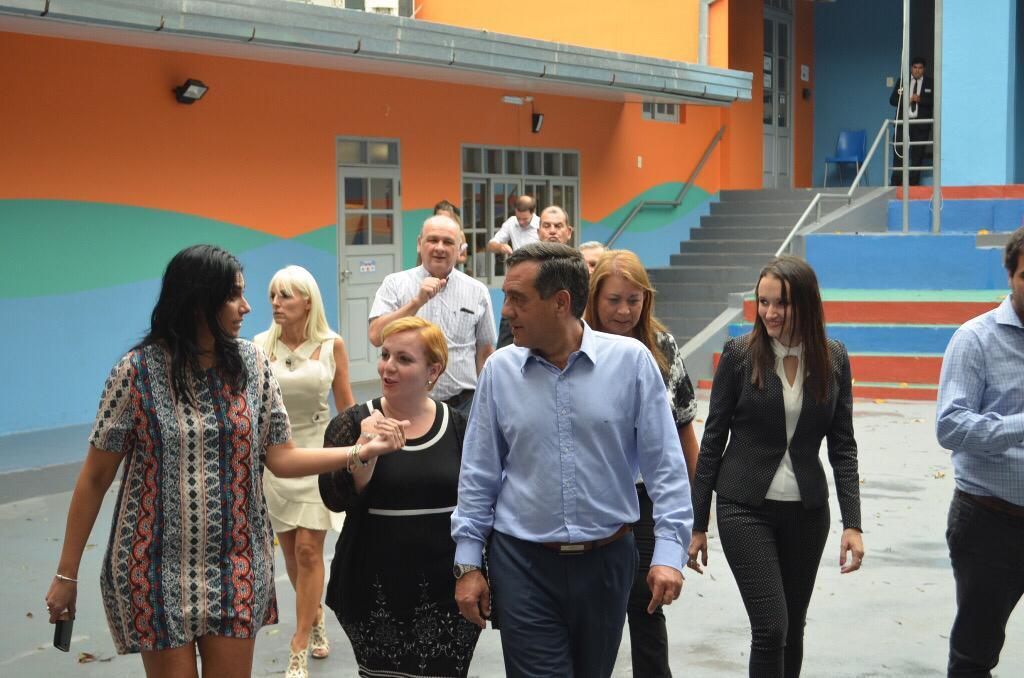 La Escuela de Robótica de Misiones recibió la visita de Alejandro Finocchiaro