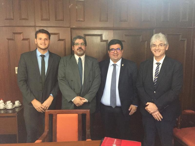 La Universidad Nacional del Nordeste firmó un convenio para que estudiantes de abogacía hagan las prácticas en la Fiscalía de Estado de Misiones