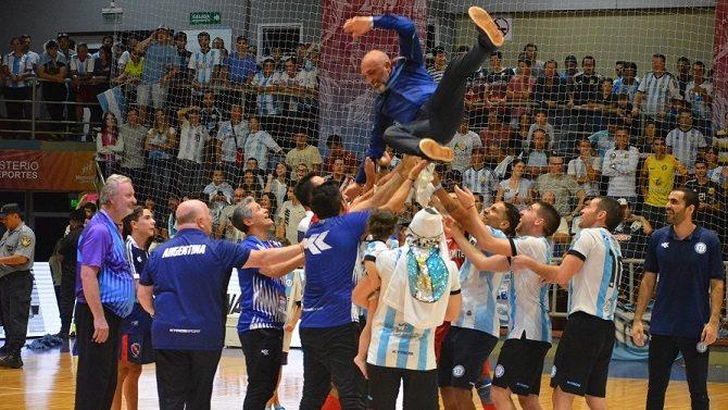 Emotiva carta de Avveduto para sus jugadores tras ganar el mundial de futsal en Misiones