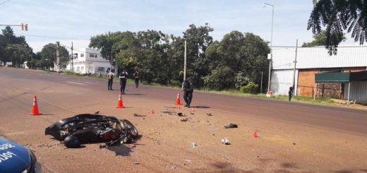 Motociclista resultó lesionado tras ser arrollado sobre la avenida Quaranta de Posadas