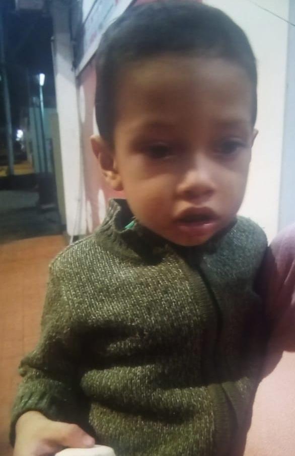 Buscan a familiares de un niño que fue hallado solo en la vía pública en Posadas