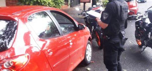 Detuvieron a dos hombres que robaron en el interior de un automóvil en Posadas