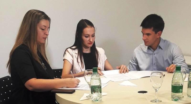 Nuevos proyectos en puerta: la Escuela de Robótica y el Polo TIC trabajarán en conjunto tras la firma de un convenio