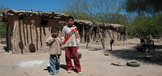 Lapidario: según la UCA casi la mitad de los niños del país vive bajo la pobreza estructural en la Argentina