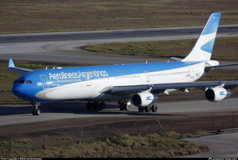 Aerolíneas Argentinas canceló todos los vuelos programados para el 30 de abril por el paro general